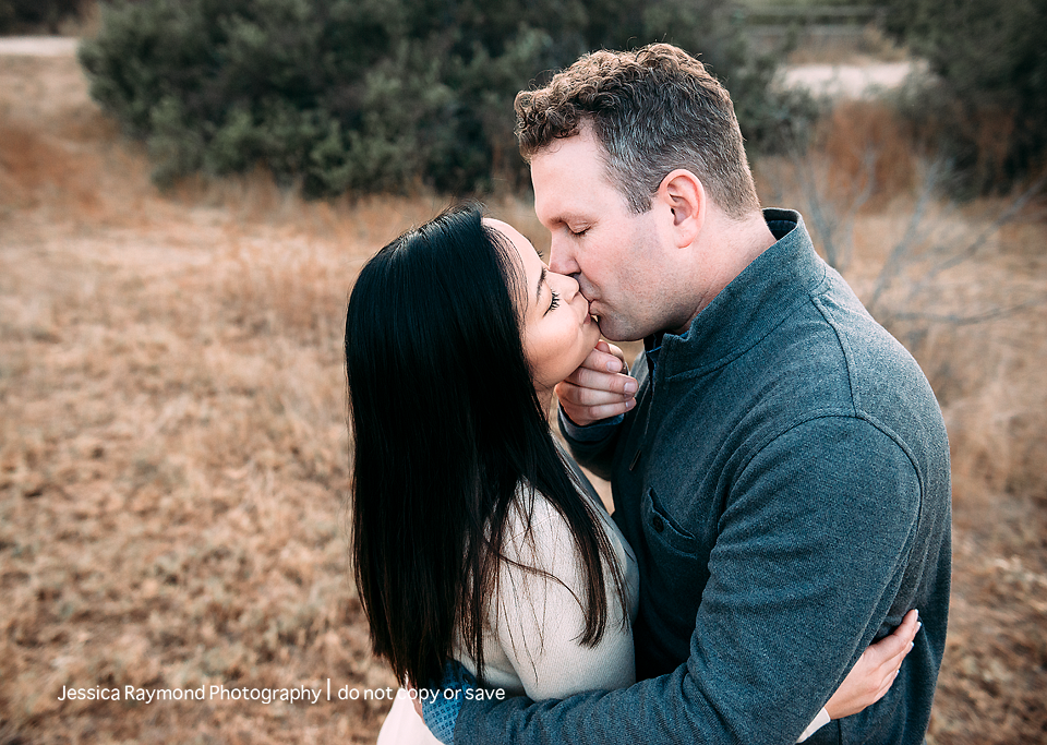 couples photography san diego couples photographer couple kissing