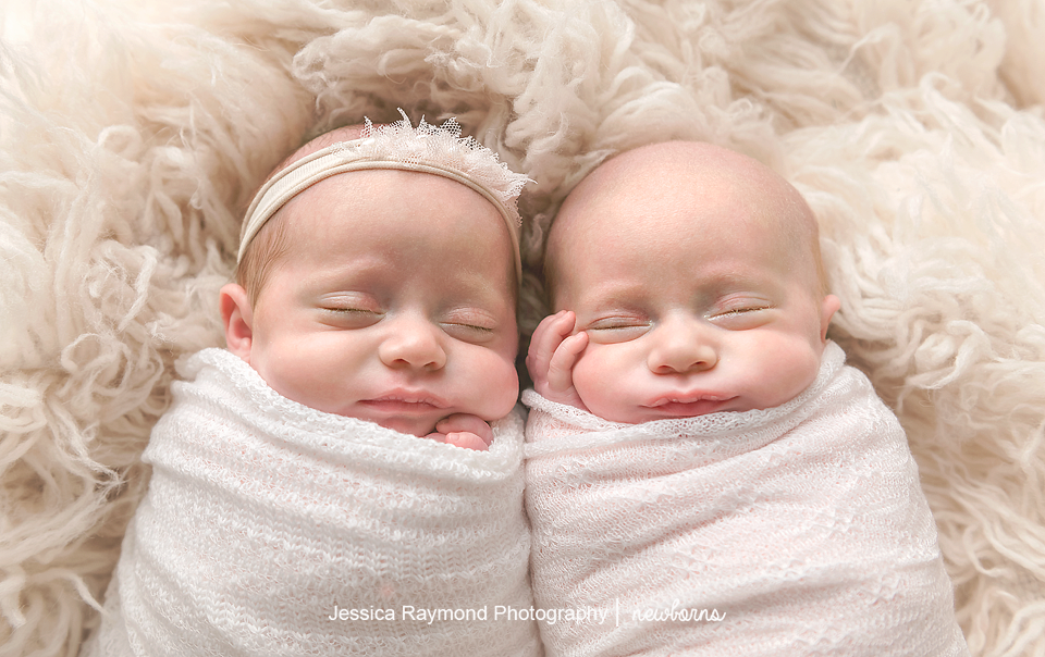 san diego twins photographer newborn twins photography twins baby pictures cuddled up