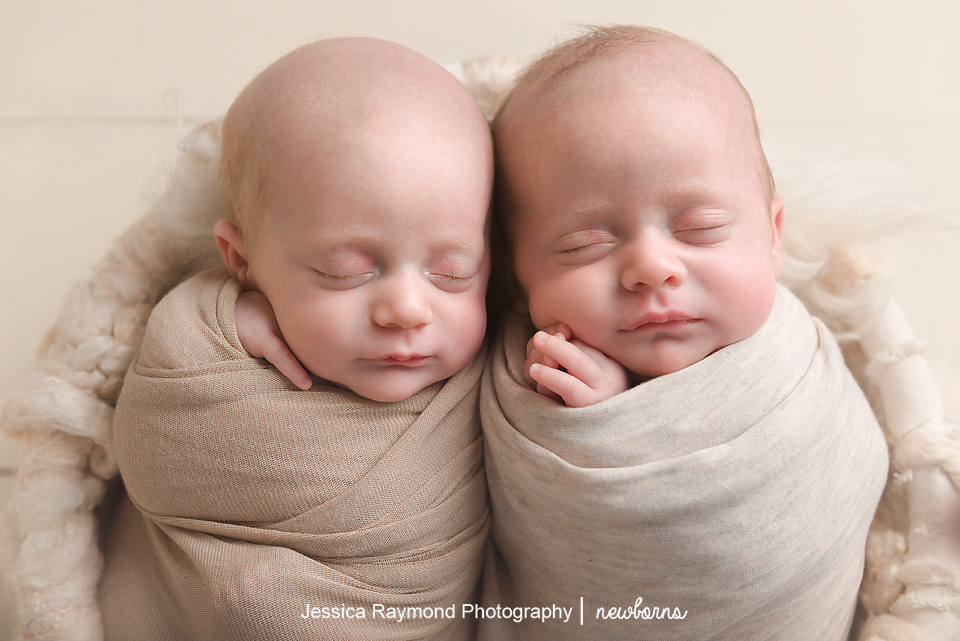 san diego twins photographer newborn twins pictures twin sisters cuddling