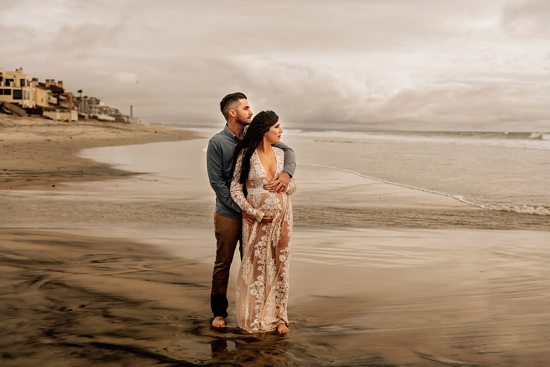 del mar beach maternity pictures couple