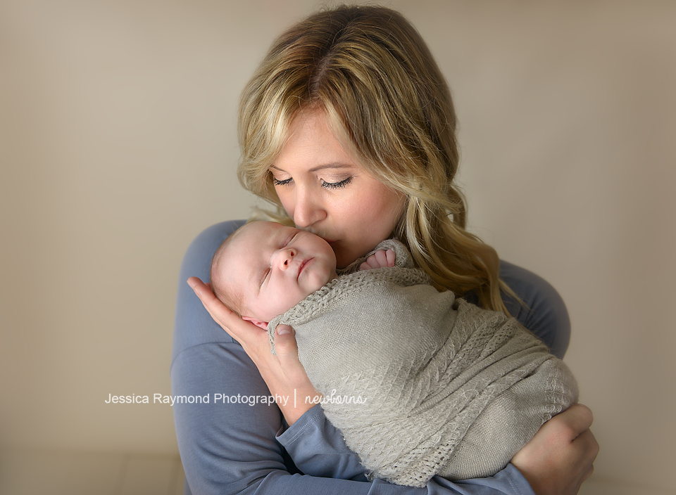 Newborn Photographer in San Diego newborn pictures mom and baby pose